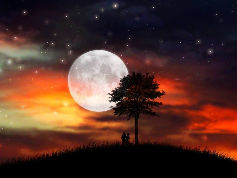 Beautiful Moon Clicks