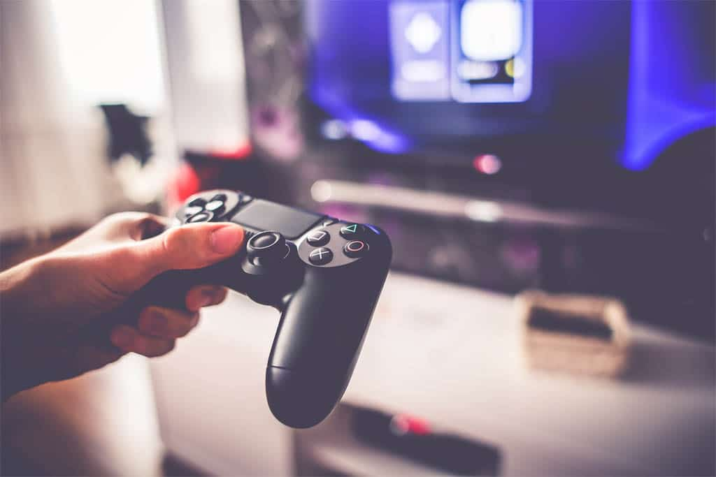 relieve stress by taking out your frustrations in game