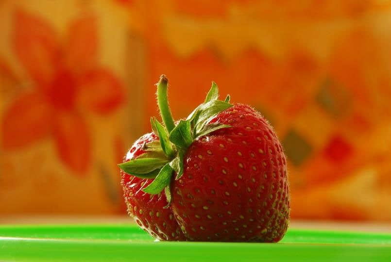 Strawberries contain ellagic acid, a key phytochemical in decreasing growth of cancer cells and stimulating soft-destruction of cancer cells, such as those in the breast, colon, prostate and mouth.