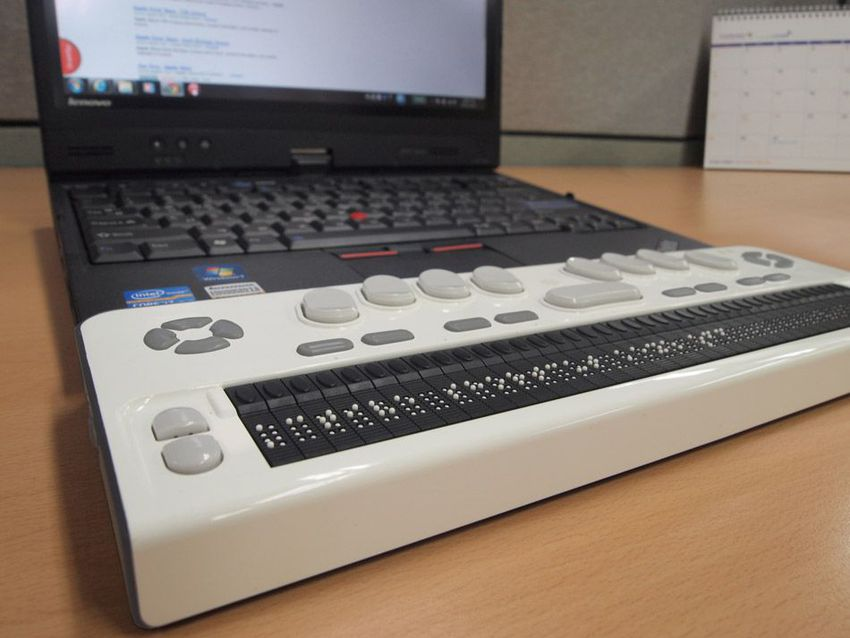 Braille EDGE 40 Display
