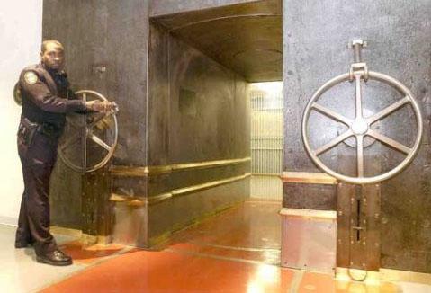 JP Morgan Vault