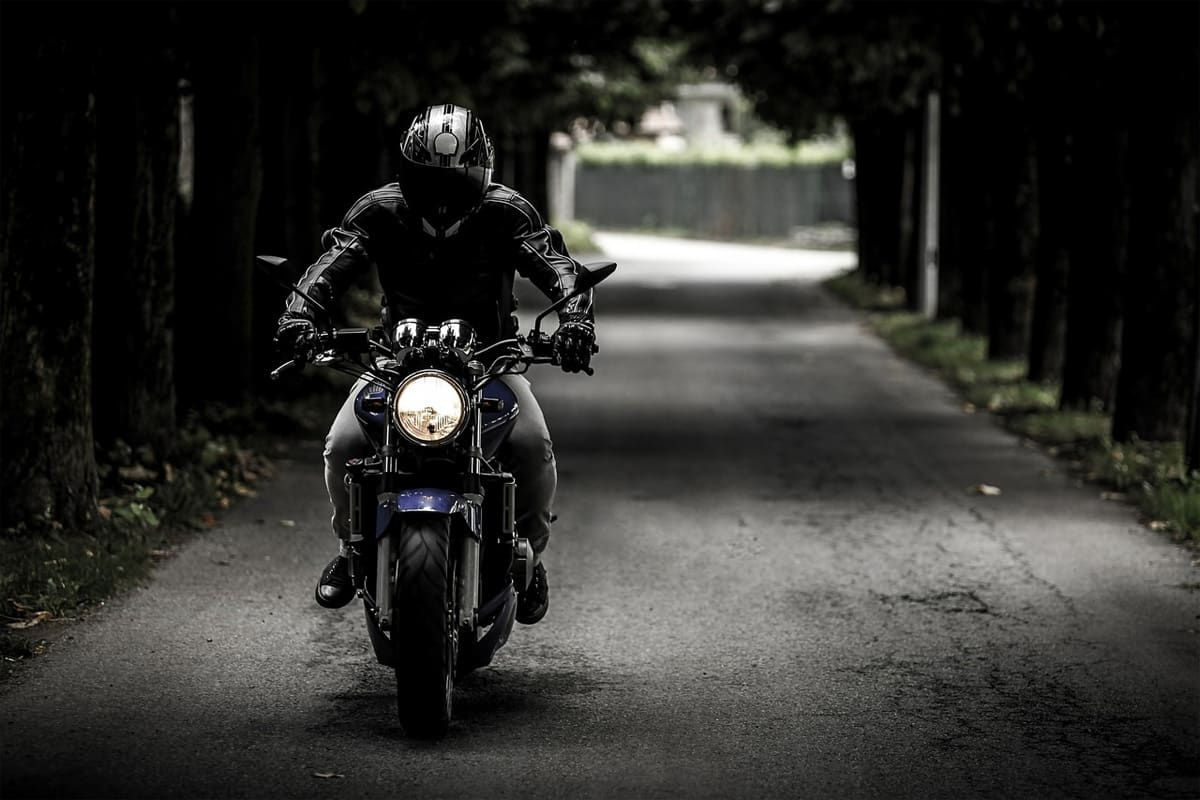 What to Consider While Buying a Motorcycle Jacket