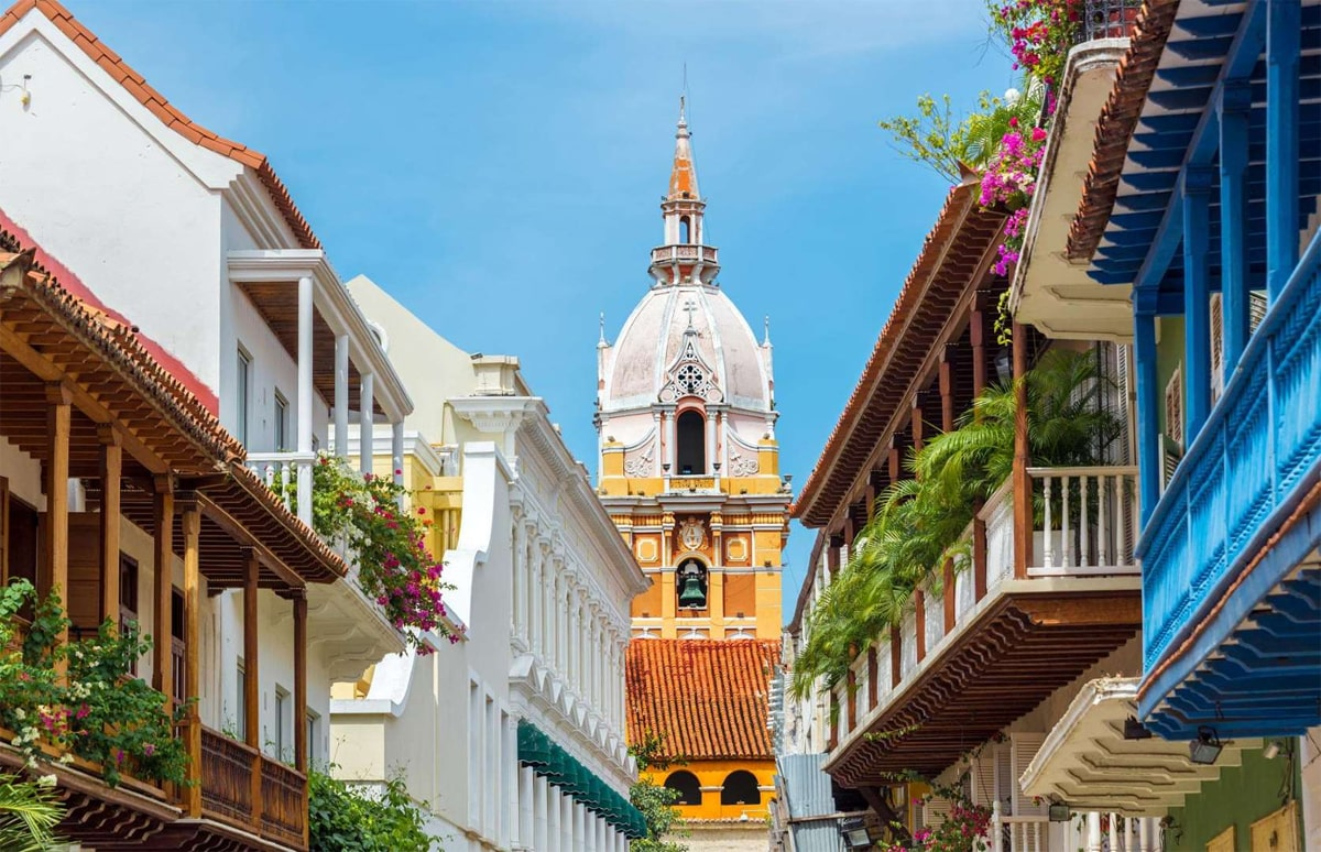 Colombia: $150,000 (£113k) investment for residency