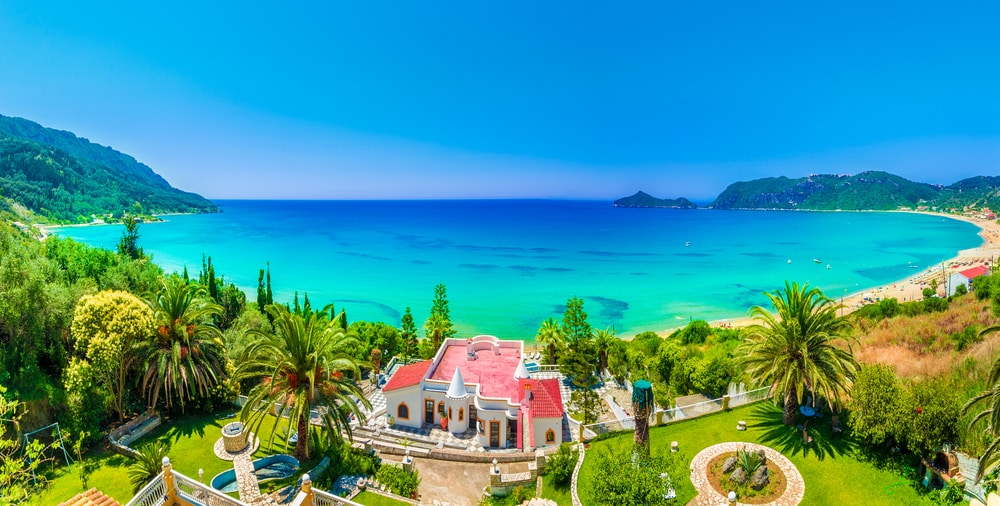 Greece provides a residency by financial investment program to non-EU citizens who splash $300,000 (₤ 225k) or a lot more on property in the country