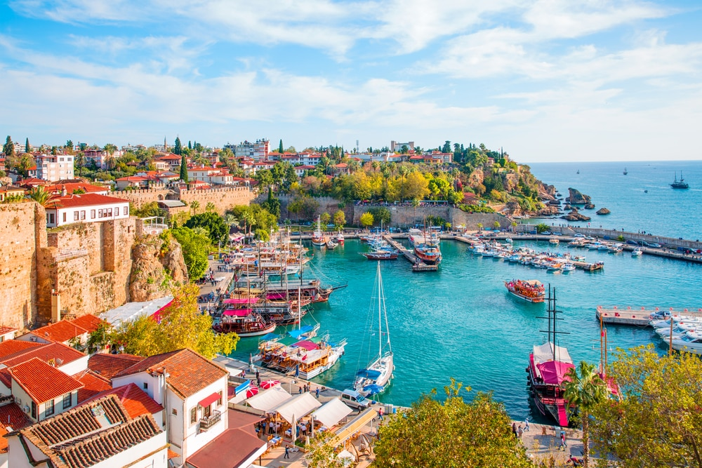 According to new regulations, foreigners can become citizens if they own property worth $250,000 for three years, down from a previous value set at $1 million, or if they hold $500,000 of Turkish debt for three years, down from a previous $3 million.