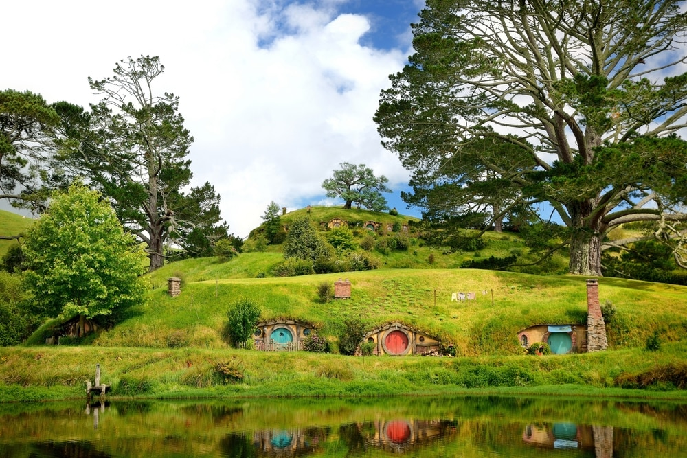 New Zealand, the unique Maori culture, sublime landscapes, as well as some of the most beautiful vineyards in the world.