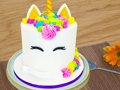 colourful unicorn cake
