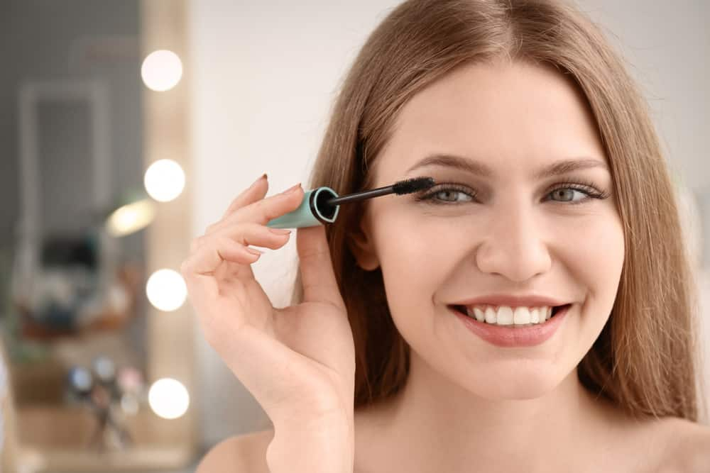 Will Eyelashes Grow Back - Be Safe And Smart