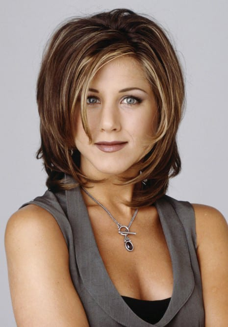 Anyone who has seen the popular 90's sitcom, Friends, is also familiar with Rachel Green's signature hairstyle