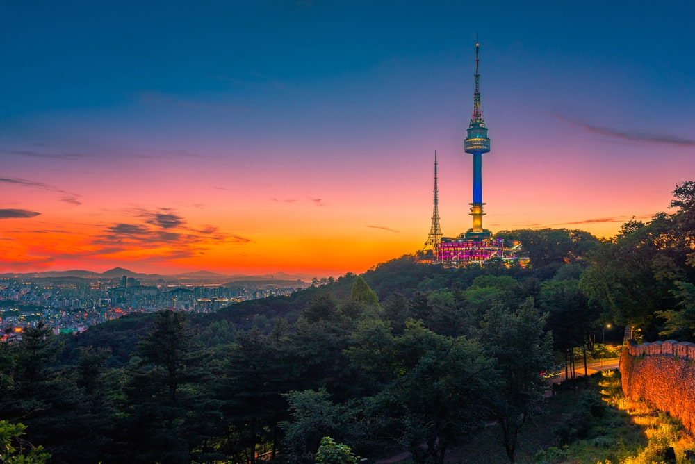 Seoul Tower, Enjoy bird's eye view from Seoul Tower