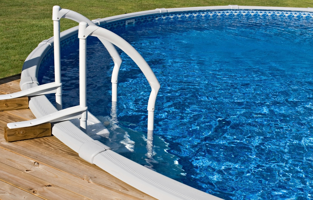 Swimming Pool Ladders - Find What's Best for You