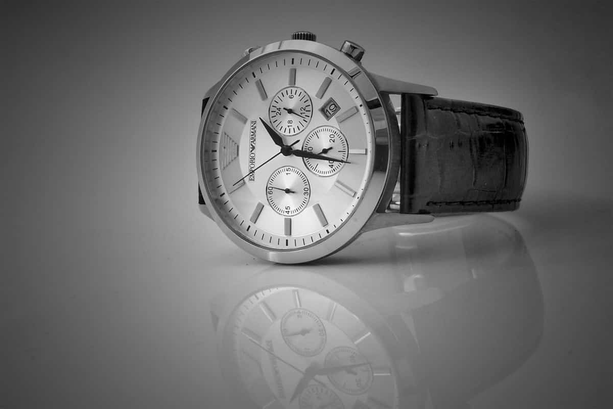 analog watch black and white brand